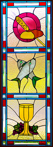 stainedGlassStNicholas170x470-2